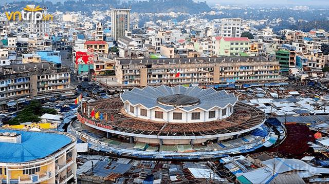 Chợ Đầm nổi tiếng ở Nha Trang (Ảnh: Sưu tầm)