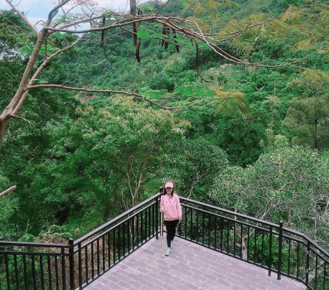 Check-in cảnh đẹp tại núi Chứa Chan