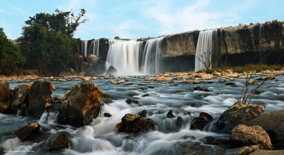 Khung cảnh hùng vĩ của thác Dray Nur (Ảnh ST)