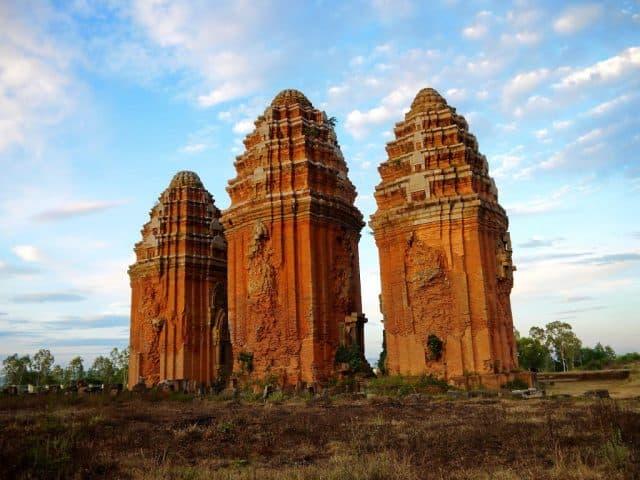 Ba tòa tháp cổ tại Bình Định (Ảnh ST)