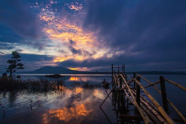 Đi du lịch Tây Nguyên không thể bỏ quá hồ Ea Snô(Ảnh ST)