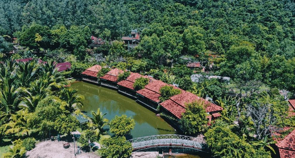 Không gian khu nghỉ dưỡng tại Chez Carole Phu Quoc Resort