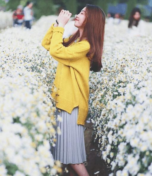 Làng hoa Sa Đéc thu hút rất nhiều bạn trẻ tới chụp ảnh
