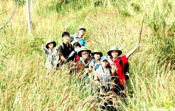 Lập team leo núi Chứa Chan