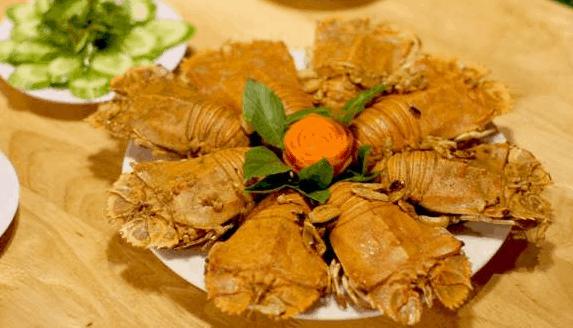 Mê mẩn với những món ăn hải sản tươi ngon tại nhà hàng Búp