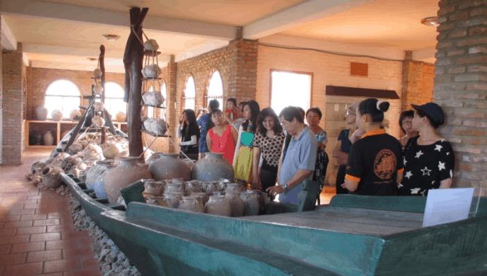 Tham quan bảo tàng Cội Nguồn Phú Quốc