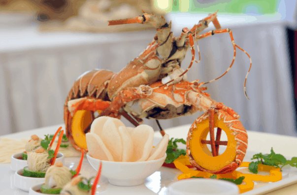 Thưởng thức hải sản tươi ngon tại quán Ớt Ngọt