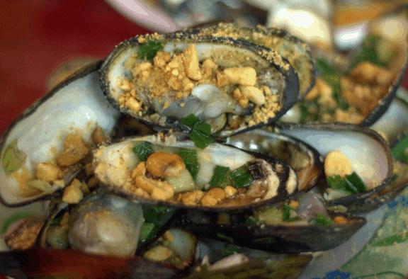 Vừa ngắm biển, vừa thưởng thức hải sản ngon