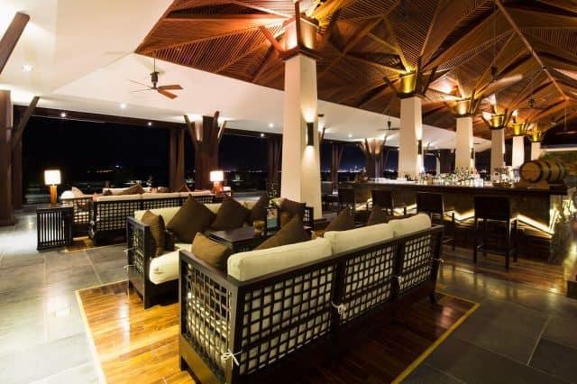 Là một trong những khu nghỉ dưỡng cao cấp 5 sao theo tiêu chuẩn quốc tế đẹp nhất Nha Trang (Ảnh ST)