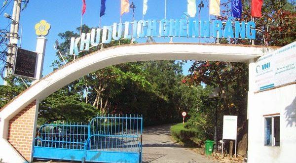 Cổng vào khu du lịch Ghềnh Ráng Quy Nhơn (Ảnh ST)