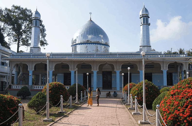 Thánh đường Hồi giáo Mas Jid Khoy Ri Yah ở Búng Bình Thiên