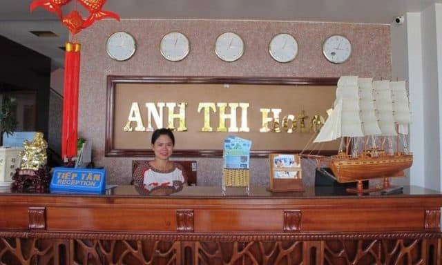 Quầy lễ tân của khách sạn Anh Thi (ảnh ST)