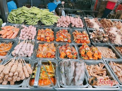 Con đường ăn vặt Vũng Tàu trải dài những món ăn vặt ngon mà lạ