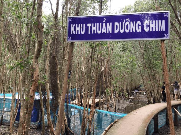Khu thuần dưỡng chim trong làng nổi Tân Lập