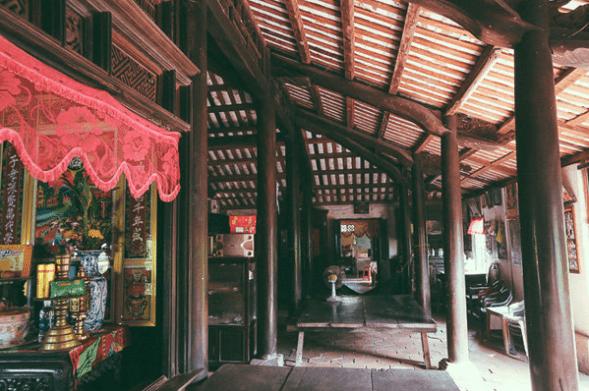 Kiểu kiến trúc nhà gỗ cổ trăm cột
