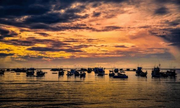 Yên bình bên bờ biển Nam Du