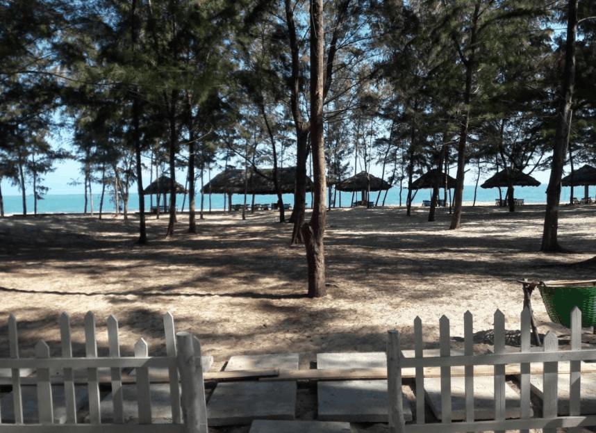 Bãi Sao nằm rất gần The Beach House