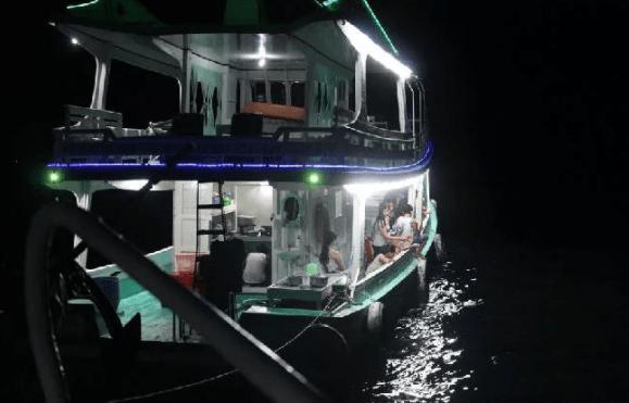 Câu mực đêm tại đảo ngọc Phú Quốc