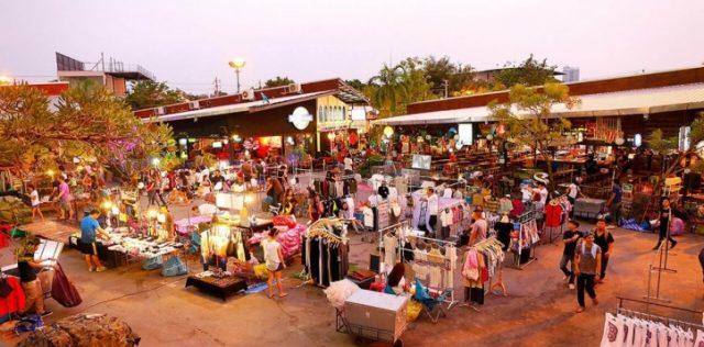Chợ JJ Green ở Bangkok (Ảnh ST)