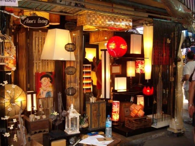 Đồ nội thất trang trí nhà cửa ở khu Soi 1,3,4,7,8 (Ảnh ST)