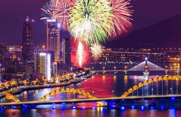 Hình ảnh bắn pháo hoa tại Đà Nẵng năm 2017