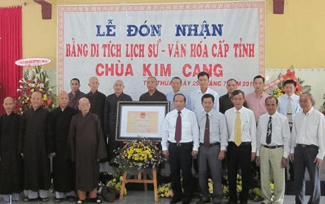 Hình ảnh chùa Kim Cang đón nhận bằng di tích lịch sử cấp tỉnh