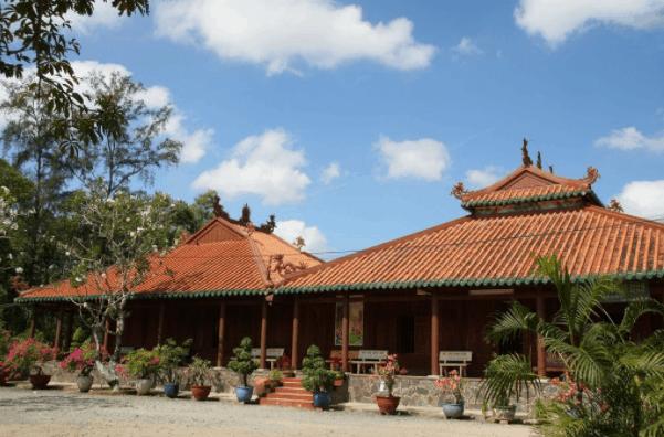 Khám phá không gian yên tĩnh tại chùa Tôn Hạnh