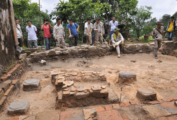 Khu di tích khảo cổ học Rạch Núi