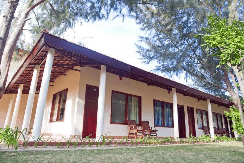 Khu nhà nghỉ tại The Beach House Resort