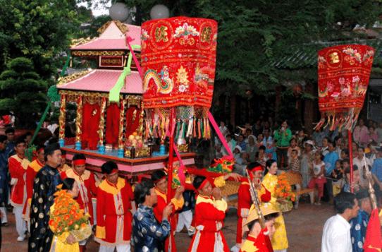 Lễ hội tại núi Sam