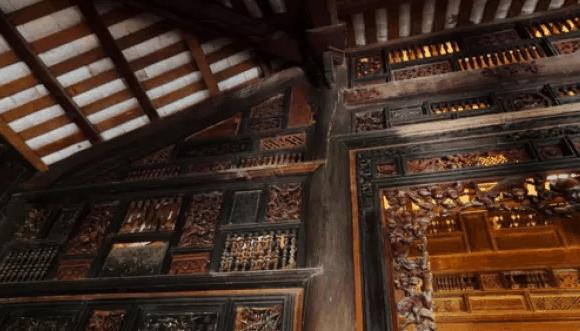 Nhà cổ Trăm Cột có lối kiến trúc độc đáo