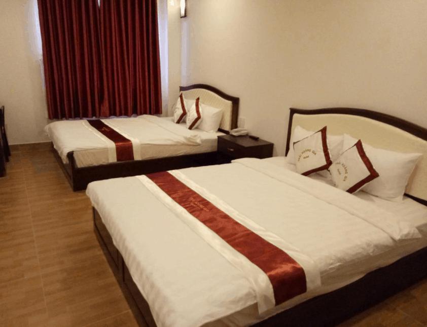 Phòng nghỉ 2 giường tại khách sạn Thái Hoàng Gia