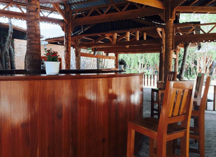 Quán bar nhỏ bên trong resort An Yen