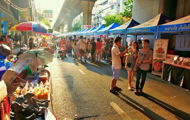 Phố đi bộ Silom (Ảnh ST)