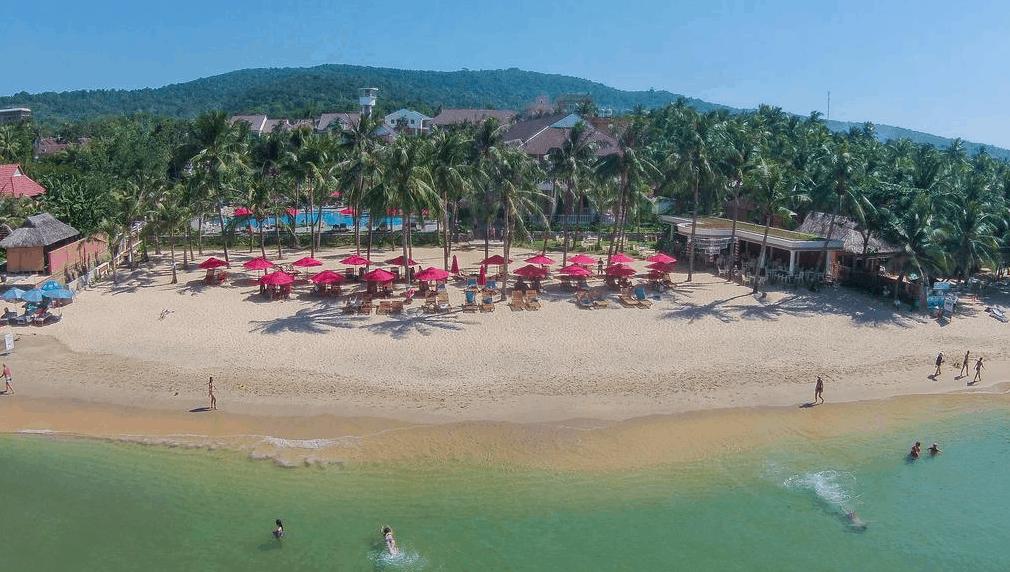 Vui chơi thoải mái dưới biển tại khách sạn Richis Beach