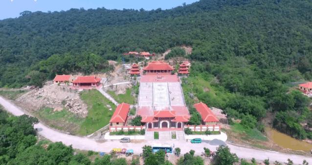 Toàn cảnh chùa Hộ Quốc nhìn từ xa