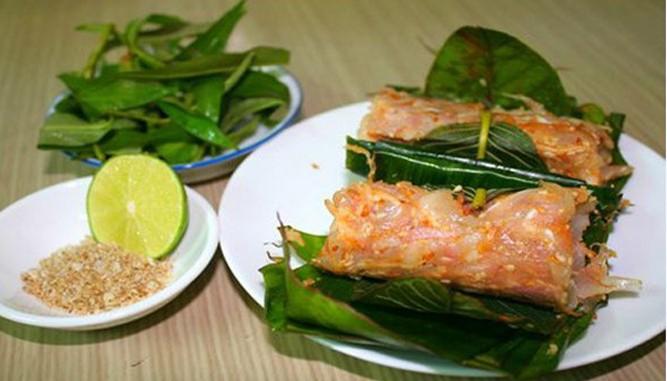 Là một món ăn làm quà được nhiều người mua nhất khi du lịch Đà Nẵng (Ảnh ST)
