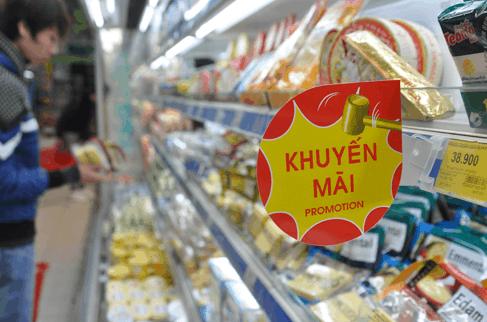 Vào ngàu 8/3 các siêu thị tung chương trình giảm giá