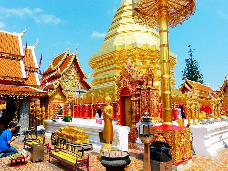 Chùa Phrathat Doi Suthep (Wat Phrathat Doi Suthep) (Ảnh ST)