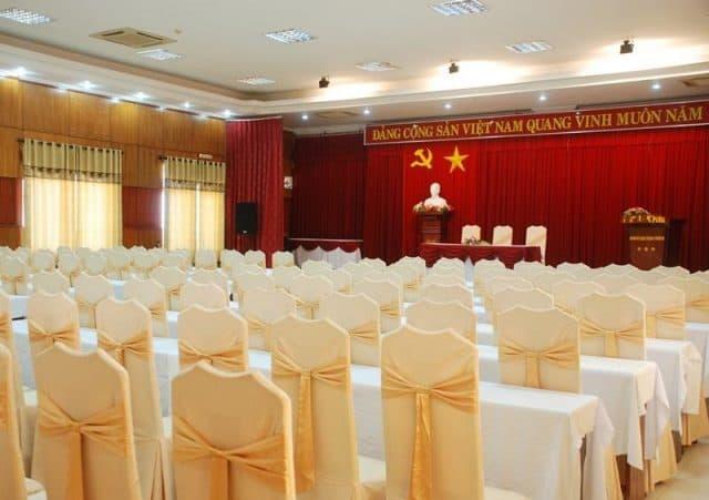 Khách sạn là nơi thường xuyên tổ chức những hội nghị lớn (Ảnh ST)