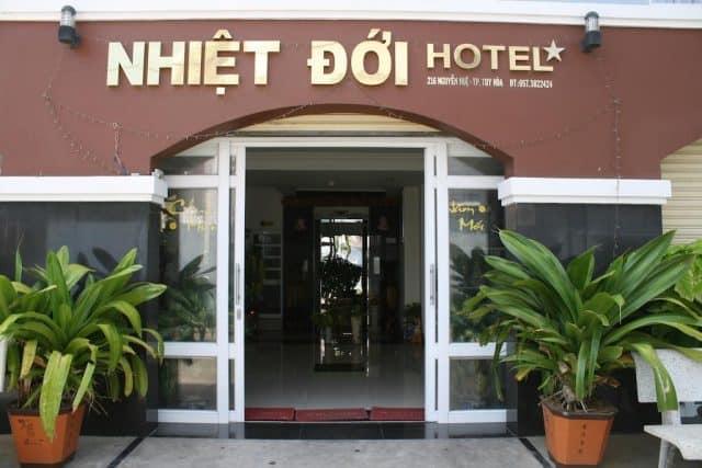 Khách sạn Nhiệt Đới (Ảnh ST)