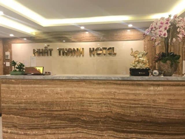 Quầy lễ tân ở Nhất Thanh hotel (Ảnh ST)
