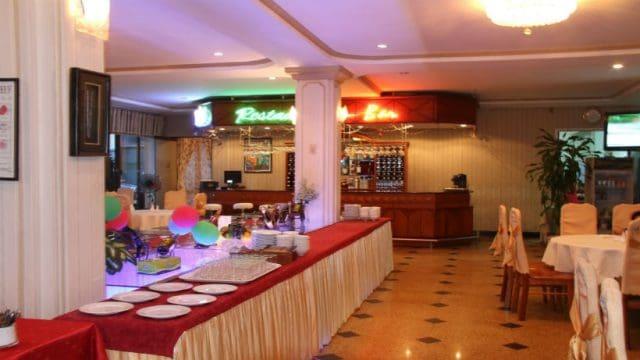Nhà hàng và quán bar của khách sạn (Ảnh ST)