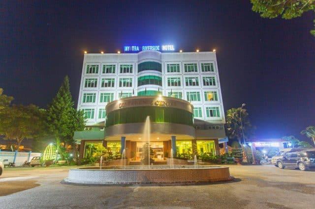 Khách sạn Mỹ Trà Riverside khi về đêm(Ảnh ST)