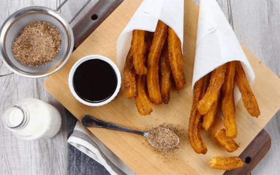 Tới chợ đêm Bạch Đằng Phú Quốc thưởng thúc bánh churros