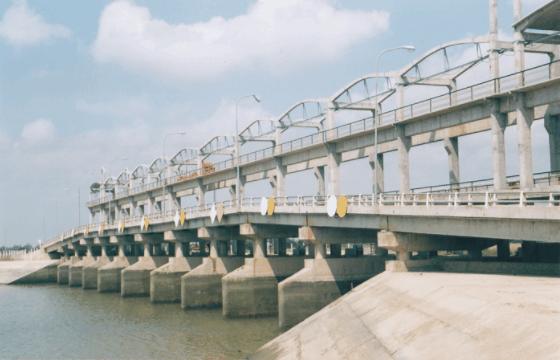 Tham quan cống Ba Lai Bến Tre