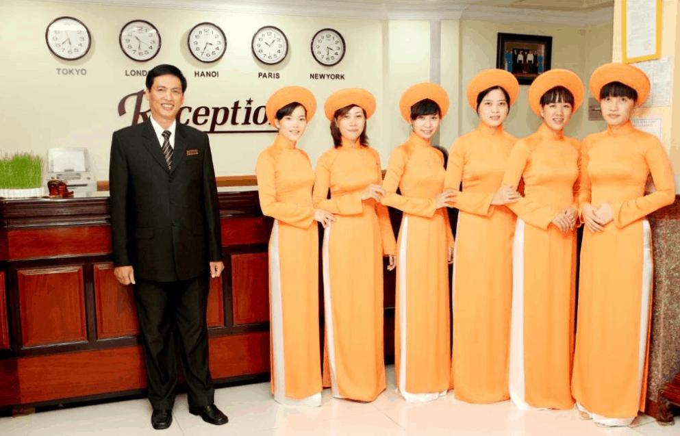 Khách sạn Hàm Luông có đội ngũ nhân viên nhiệt tình, chu đáo