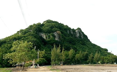 Núi Bình San Hà Tiên