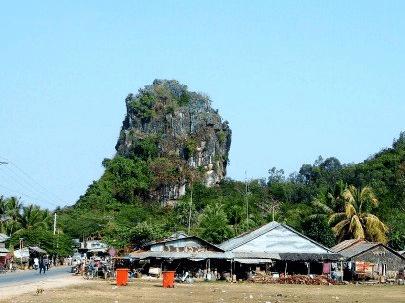 Đường đến núi Bình San Hà Tiên