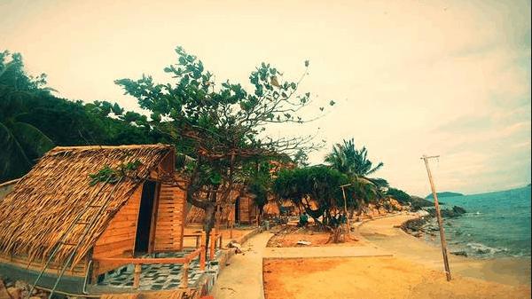 Những căn bungalow mái lá